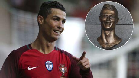 Cristiano Ronaldo: découvrez l'atroce (et hilarant) buste à son effigie inauguré en sa présence