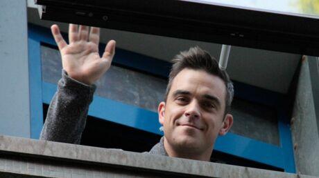 Robbie Williams se fait un pote fou d'ovnis, comme lui