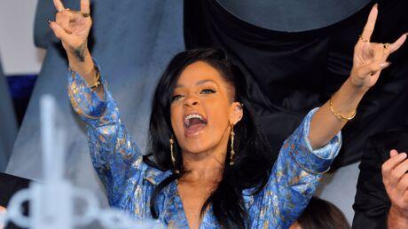 Rihanna couvre Adele et son bébé de cadeaux