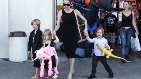 DIAPO Angelina Jolie: emplettes d'Halloween avec ses enfants