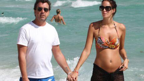 PHOTOS Jade Foret dévoile fièrement son ventre rond en bikini