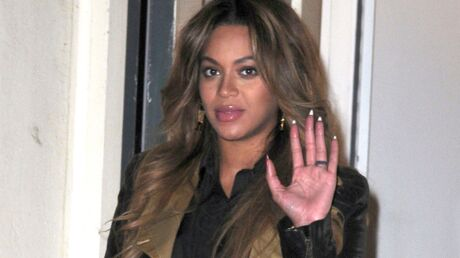 Beyoncé réagit aux rumeurs de faux ventre