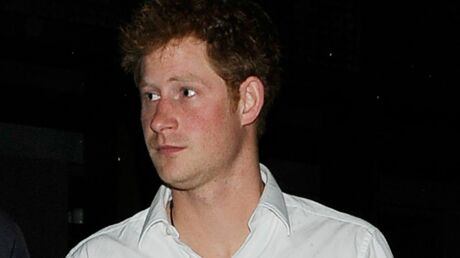 PHOTOS Le prince Harry en promenade au milieu de sex-shops
