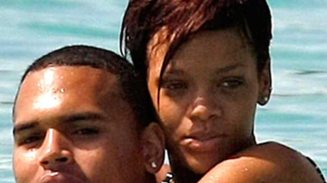 Une photo de Rihanna avec un autre homme met Chris Brown en rage