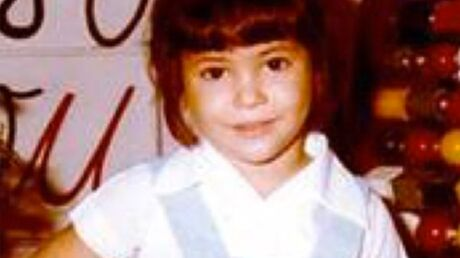 Qui est cette fillette devenue une célèbre chanteuse?