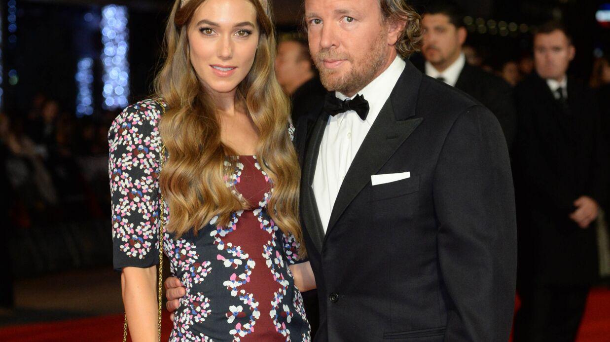 Guy Ritchie a épousé le top model Jacqui Ainsley