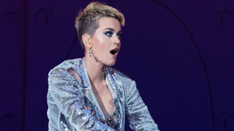 Oups… Katy Perry montre sa culotte en plein concert