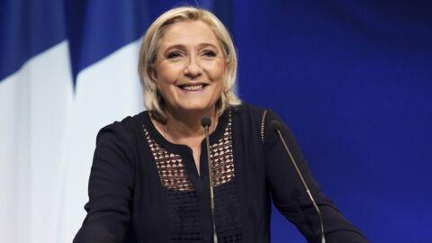 Marine Le Pen: son étonnant procédé à base de décolleté pour narguer la police pendant une perquisition
