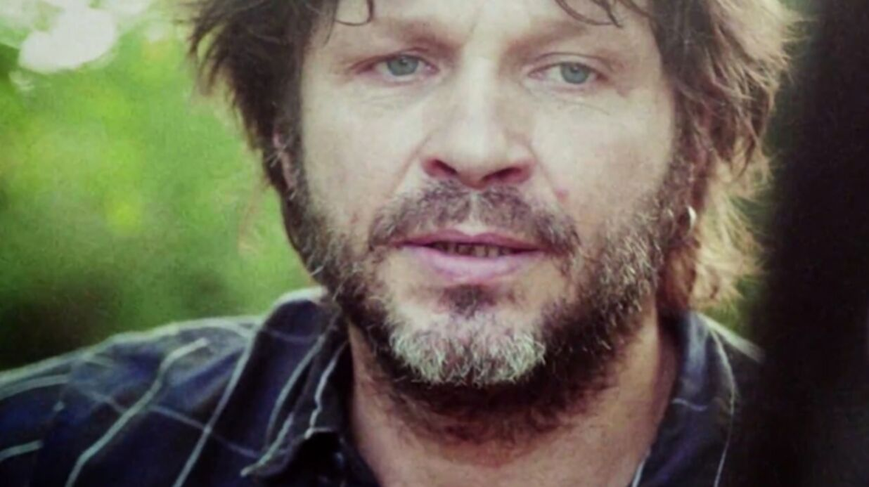 Michel Drucker explique pourquoi il refuse d'in­vi­ter Bertrand Cantat