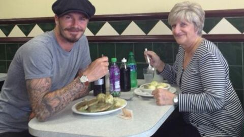 PHOTOS David Beckham passe du bon temps avec sa mère et sa grand-mère