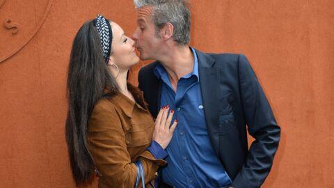 PHOTOS David Brécourt (Sous le soleil) et sa compagne en amoureux à Roland-Garros