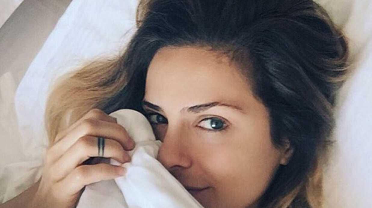 PHOTO Clara Morgane, plus sexy que jamais, pose entièrement nue sur son lit