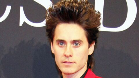 LOOK Jared Leto en costume rouge : au secours !
