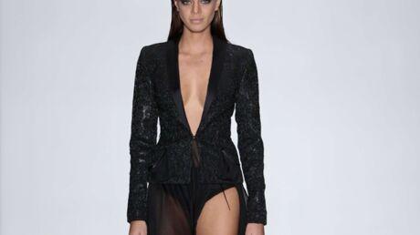 DIAPO Hinarani de Longeaux très décolletée pour le tour de chauffe de Miss Univers