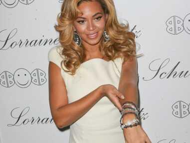 VOICI J.Lo, Victoria Beckham, Beyoncé… zoom sur leurs bagues de fiançailles XXL