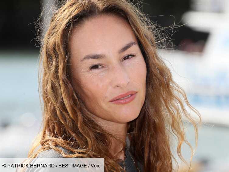 Vanessa Demouy publie un ancien cliché de sa maman et lance un avis de recherche, les fans sont enthousiastes