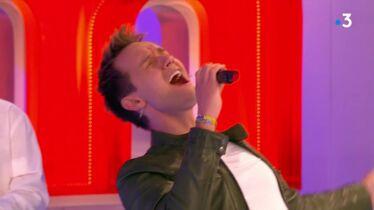 «Qu'est-ce qu'il chante bien!»