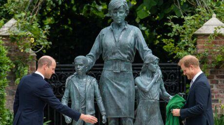 photo-hommage-a-lady-diana-ce-detail-qui-est-passe-totalement-inapercu-lors-de-l-inauguration-de-sa-statue