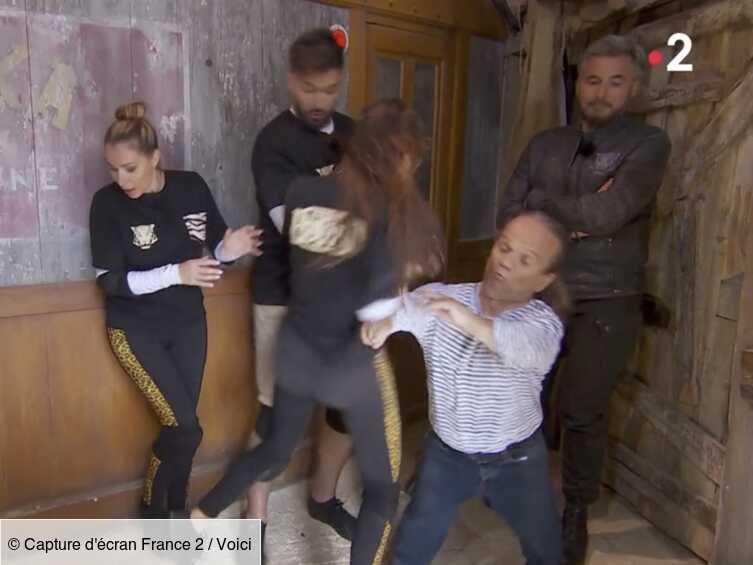 VIDEO Fort Boyard : terrorisée par un cafard, Nabilla manque de donner une gifle à Passe-Partout