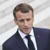 Emmanuel Macron à Tahiti sans Brigitte: un homme fait une blague très osée au président de la République - Voici