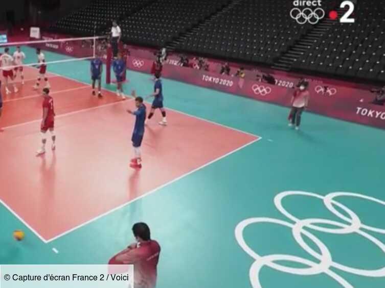 VIDEO JO de Tokyo 2021 : le geste complètement fou du coach de l'équipe de France de volley fait halluciner...