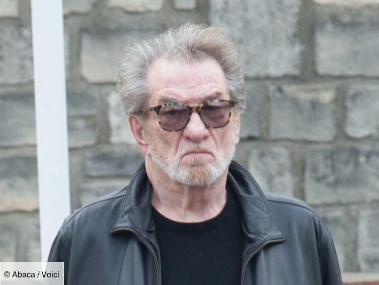 Johnny Hallyday : l'argent de son concert hommage a-t-il vraiment été remis à une association? Eddy Mitche...
