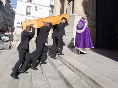 VOICI Obsèques de François Florent : Cristiana Reali, Isabelle Nanty,  Francis Huster… soudés dans la douleur