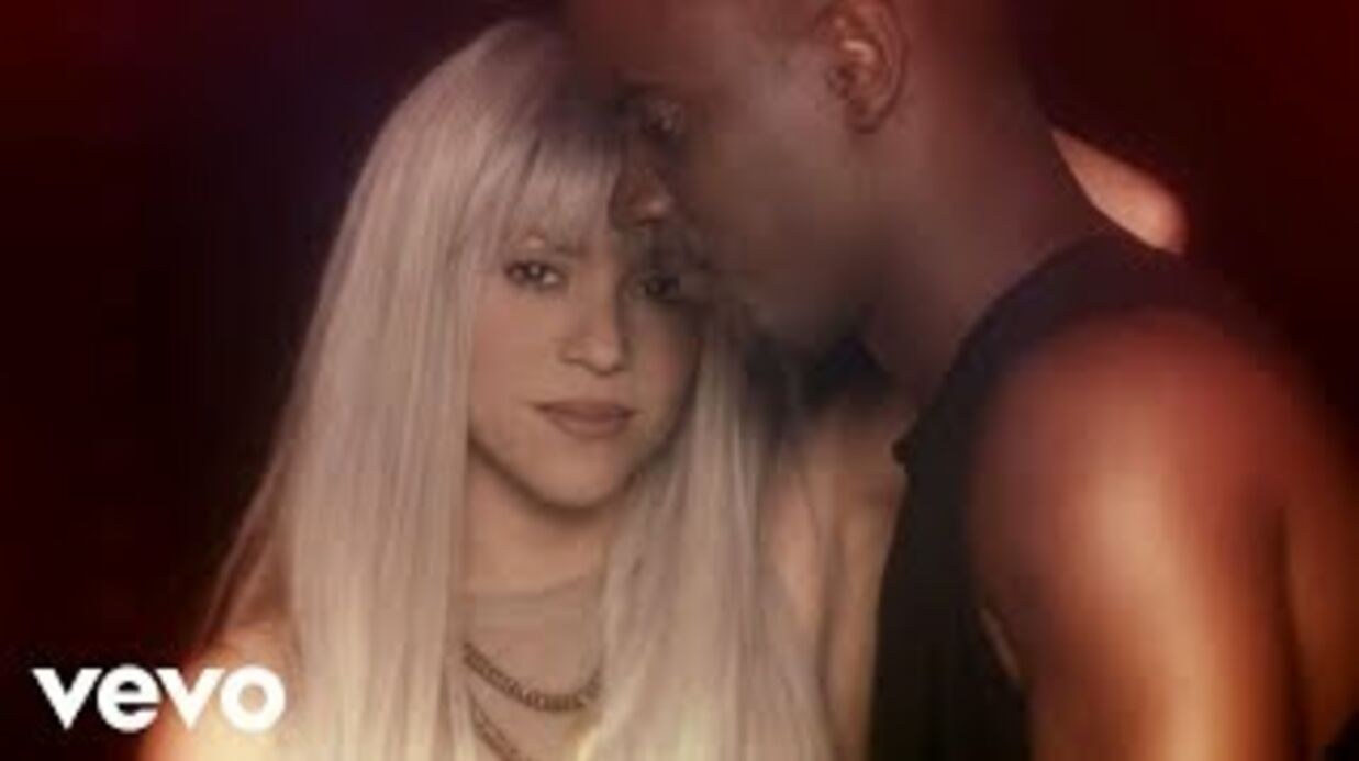 Shakira: ultra sexy, elle se déhanche en body en latex dans le clip de Black M
