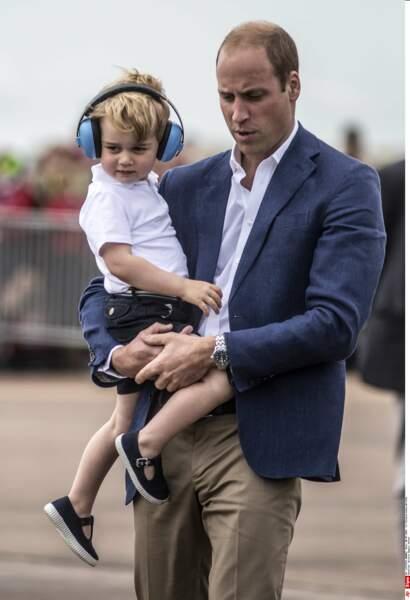 Anniversaire du Prince George - Des engins que son père connait bien car il en pilote