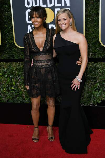 Halle Berry et Reese Witherspoon lors de la 75e cérémonie des Golden Globes, le 7 janvier 2018