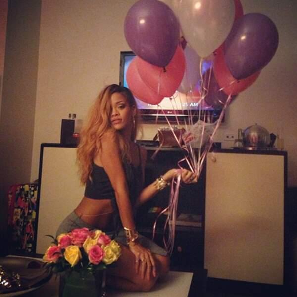 Rihanna digère avec des ballons