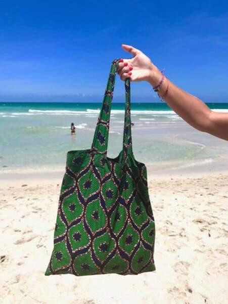Tote bag pour la plage modèle Constace, AMWP, 19,90 euros