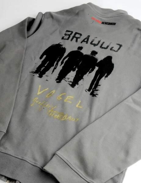 À moins que vous ne préfériez le sweatshirt de Braquo signé par Geoffroy Thiebaut