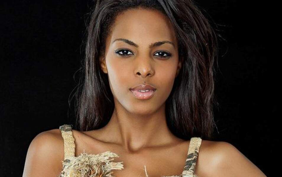 Miss Côte d'Ivoire Aïssata Dia, 18 ans, 1m83