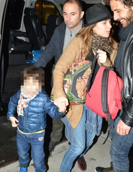 Mélissa Theuriau et son fils Léon sont à ses côtés