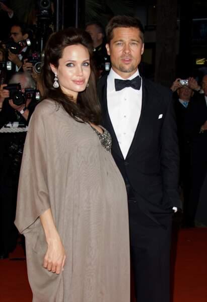 En 2008, Angelina Jolie aussi sublime qu'enceinte au Festival de Cannes en mai