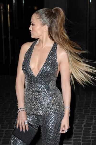 À 47 ans, Jennifer Lopez porte toujours très bien son surnom de Bomba latina