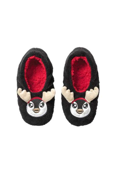Slippers pingouin. 7€, Clockhouse by C&A.