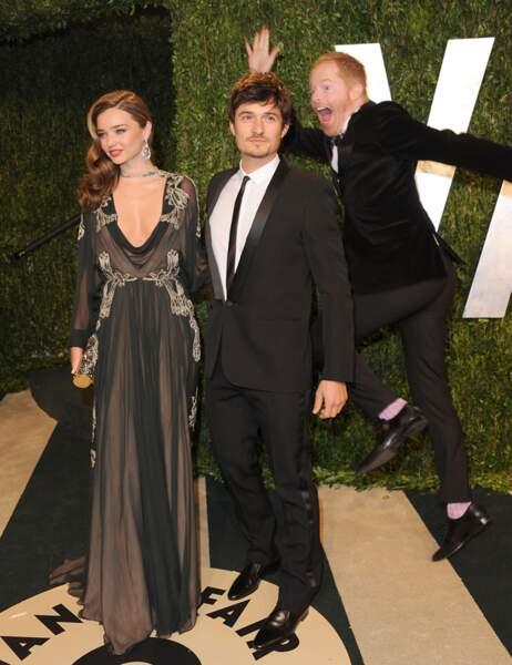 Pose glamour pour Miranda Kerr et Orlando Bloom, massacrée par Jesse Tyler Ferguson (Modern Family)