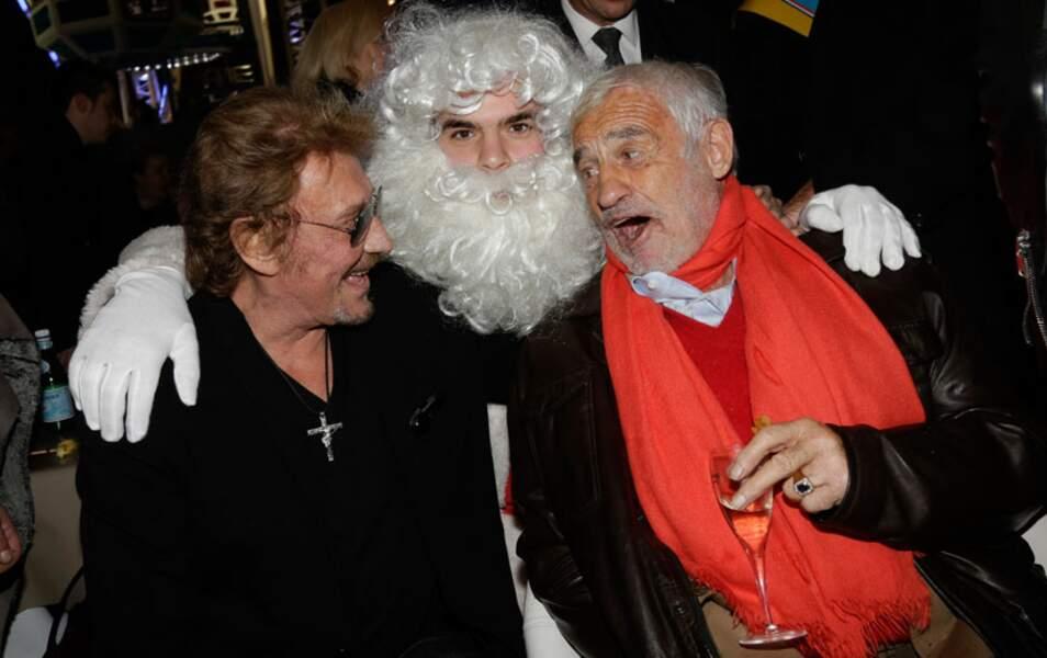 Oh, oh oh ! C'est le Père Noël qui est gâté cette année