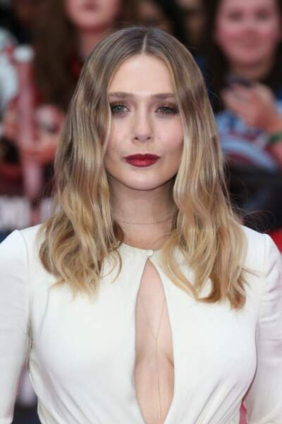 Elizabeth Olsen était très sexy pour l'avant-première de Captain America : Civil War