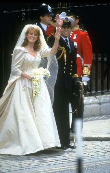 Robes de mariée de stars : Sarah Ferguson et Andrew d'York en 1986. Toujours bouffant