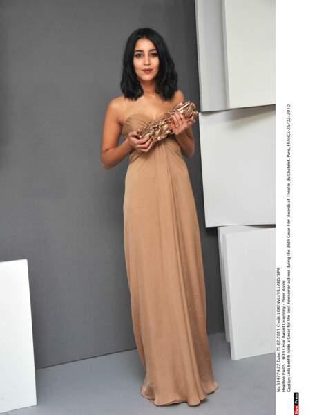César du meilleur look : Leila Bekhti, sublime dans sa robe nude Yves Saint Laurent en 2011