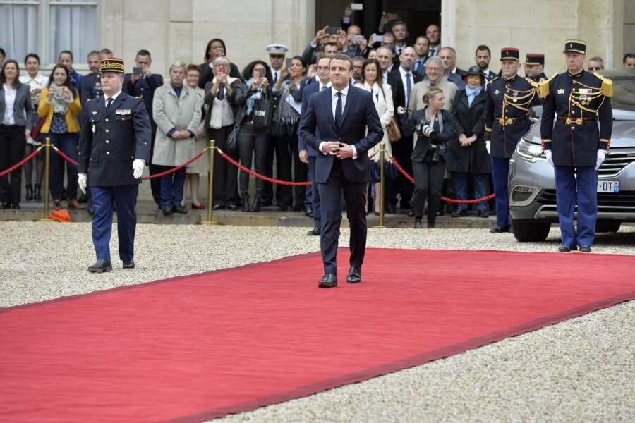 Emmanuel Macron arrive
