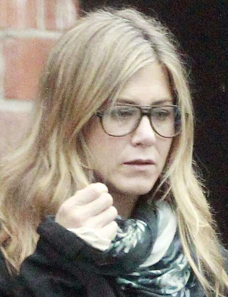 Jennifer Aniston dans la rue