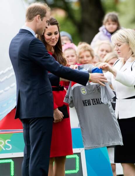 Petit cadeau pour le duc de Cambridge : un maillot de l'équipe de cricket néo-zélandaise