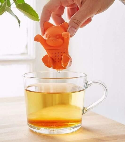 Cadeaux de fête des mères : infuseur à thé chat sur lavantgardiste.com, 12,95€