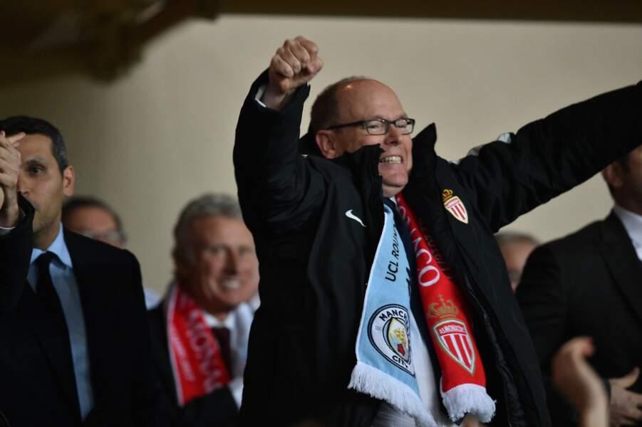 AS Monaco vs Manchester City : Le Prince Albert II de Monaco célèbre le but de son équipe
