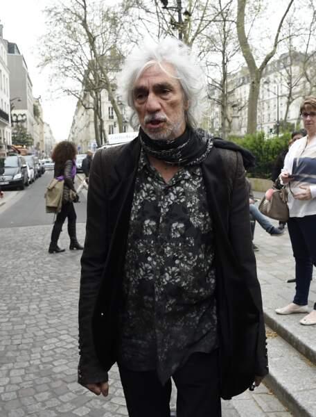 Louis Bertignac, à l'hommage à Jacques Higelin au Cirque d'Hiver à Paris, le 12 avril