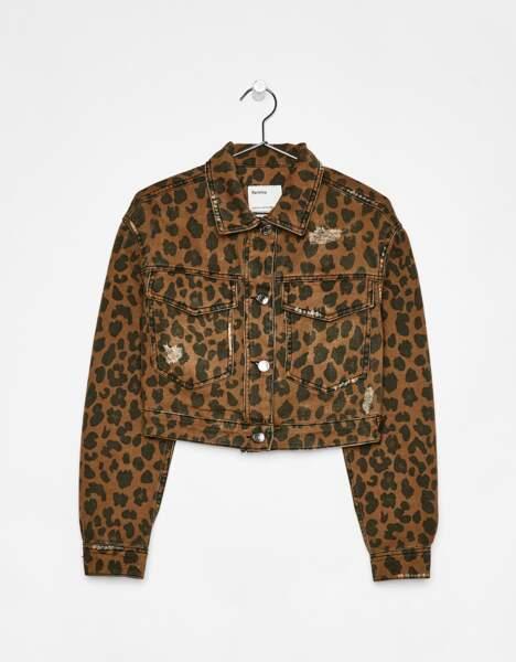 Veste en jean léopard, Bershka, 29,99 euros